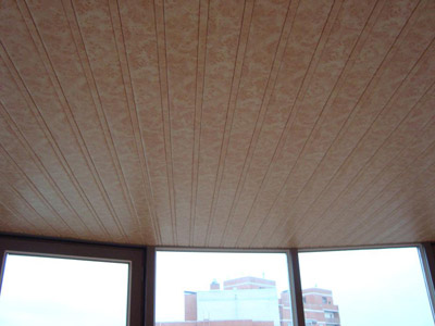 Moulure plafond polyurethane tarif artisan meuse for Dalles plafond polyurethane